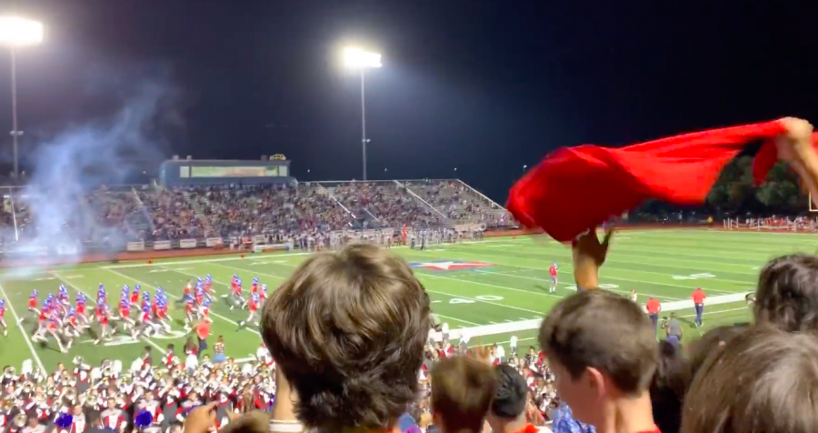 Exchange students react to their first American football game