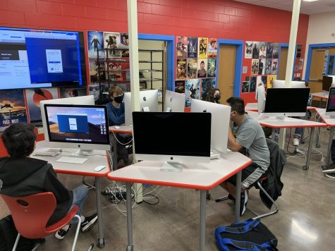 In-person learners work on projects in Donald Davis