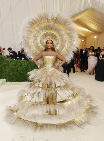 Rating The Met Gala 2021 Outfits